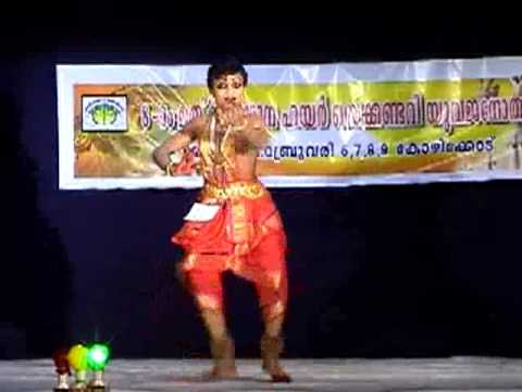 Male Bharatanatyam dancer 1