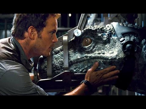 Jurassic World ('Story' Trailer)