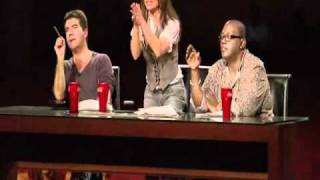 Simon Cowell shouts at a contestant !