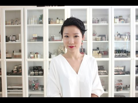 【蕊姐彩妆课】我的彩妆收藏 收纳柜参观 My Makeup Collection видео