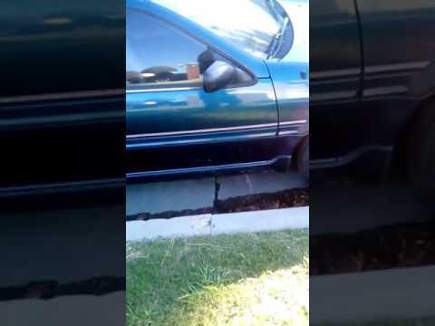 1993 Nissan NX2000 218k Clean tittle RARE sapphire color.