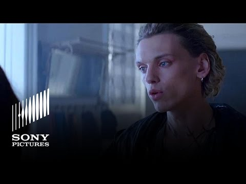 The Mortal Instruments: City of Bones (Sneak Peek)
