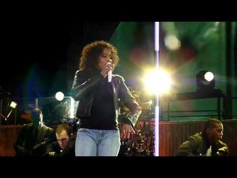Whitney Houston – Million Dollar Bill (Nottingham 2010)