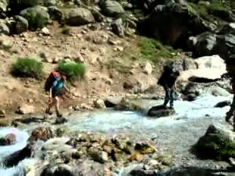 Tajikistan Fann Mountais 2012 - stream crossing (видео)