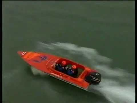 Racing boat turns into submarine