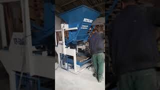 Mechanické mobilné stroje vyrábajúce betónové tvárnice / VP5-DSH
