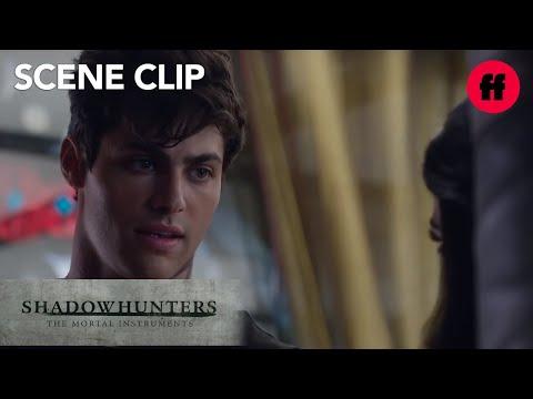 Shadowhunters | Season 1, Episode 6: Alec & Izzy Talk Marriage | Freeform
