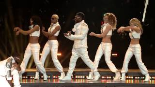 Black Eyed Peas - Superbowl Halftime Show HD 2011 XLV NFL
