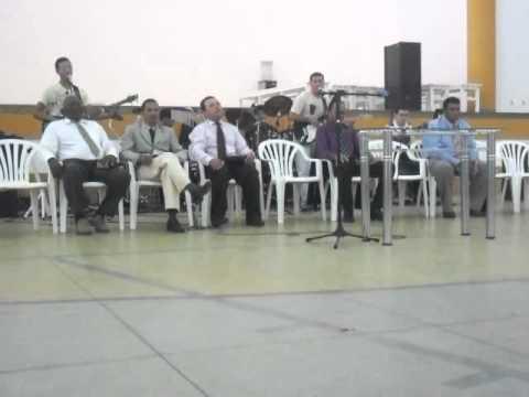 Banda som de adoradores no congresso em serra negra(É como sonho)
