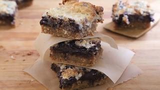 Plaatkoek met pindakaas en chocolade