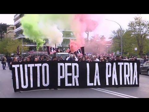 Rom: Marsch der rechtsextremen