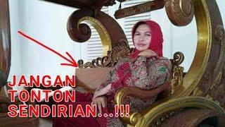 Video Perhatikan dengan teliti,!! Ada yang aneh pada wanita berhijab ini, penampakan,??? MP3, 3GP, MP4, WEBM, AVI, FLV Desember 2017