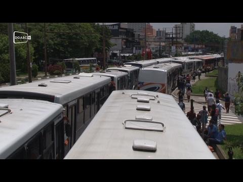 Protesto de motoristas e cobradores termina em São Bernardo