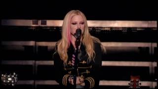 Avril Lavigne - Hot (Live)