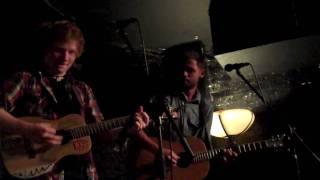 "Passenger ft Ed Sheeran - ""Snowflakes"""