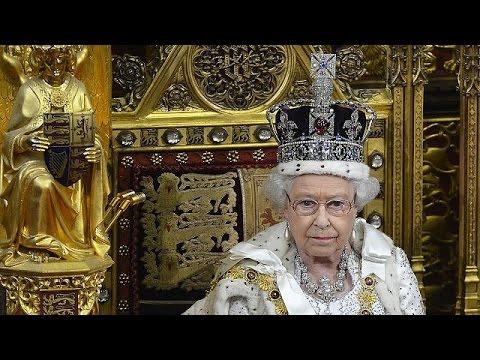 Βασίλισσα Ελισάβετ: Έσπασε το ρεκόρ μακροημέρευσης στο θρόνο της Βρετανίας