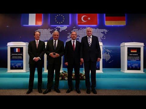 Μεταναστευτικό: Τι είπαν στην Τουρκία Αβραμόπουλος – Ζεεχόφερ…