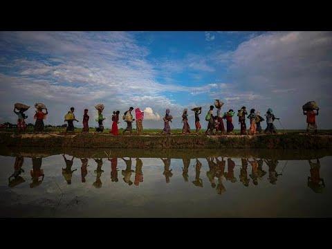 العرب اليوم - شاهد: قارب يقلّ 76 من مسلمي الروهينغا يرسو في إندونيسيا