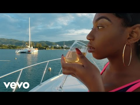 Tommy Lee Sparta - Under Vibes (Official Music Video)