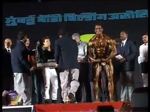 SAHIL KHAN Vs BODY BUILDING.flv