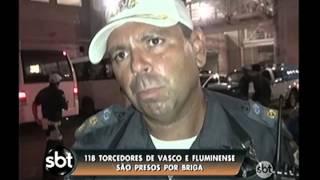 A pancadaria ontem antes do clássico entre Vasco e Fluminense terminou com mais de 100 presos. Sobraram carros quebrados, e moradores irritados com ...