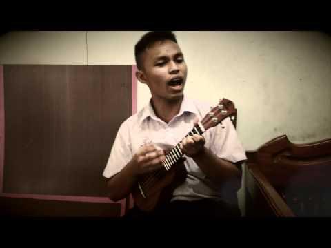 ลูกอม Ukulele Cover by Nueng (видео)