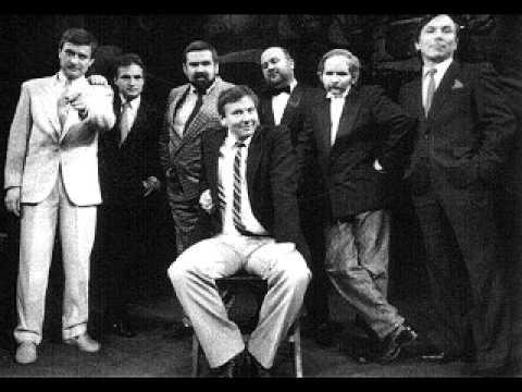 Kabaret TEY - Ludzie w mieście gadają (audio)