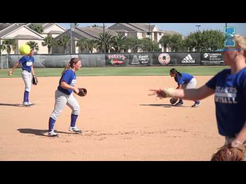 Islanders Softball opens fall practice