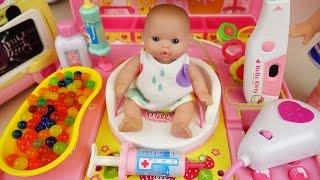 Video Doctor Baby doll and Hello Kitty hospital toys play MP3, 3GP, MP4, WEBM, AVI, FLV Mei 2017