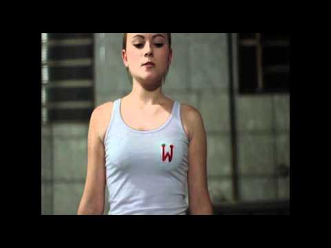 Beth, a Garçonete - Trailer