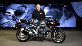 8. 2013 Yamaha FZ1 walk around promotional video