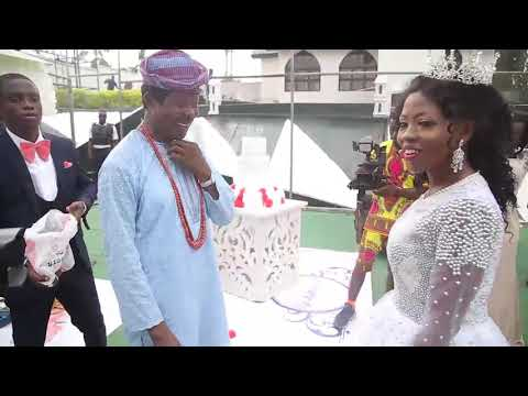 King Sunny Ade's Daughter, Adetola dancing With Her Father on her wedding