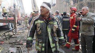 Decenas de víctimas en el incedio de un rascacielos de Teherán