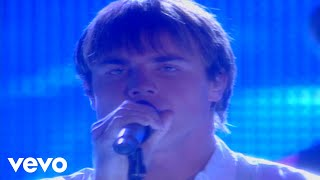 Take That - How Deep Is Your Love (Live at the BRIT Awards 1996)
