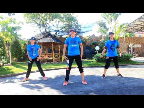 "Senam"" Turun Naik Oles Trus By Fresh Boy Ft Blasta Rap Family/Choreo By Chenci At WKM Garden Borneo"