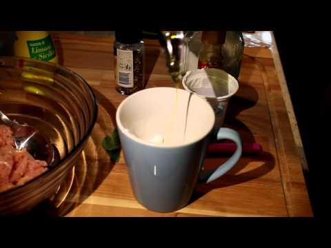 Polpettine alla griglia con salsa di yogurt e menta