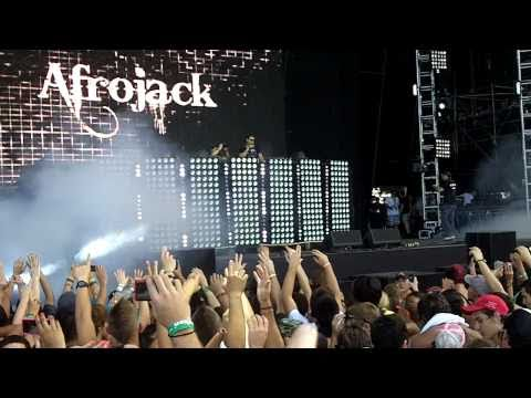 "Ultra 2011 Afrojack Opening ""Bangduck"" Live @ Main Stage"