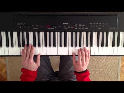 Curso de acordes para piano. Clase 4. Cómo tocar progresiones de acordes usando inversiones