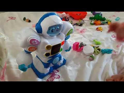 Robô Amigo Zoop Toys - Robô que fala ensina cores e formas geométricas