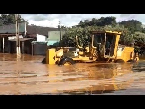 Enchente na minha cidade! 😨 Aparecida do rio negro. Motoniveladora/patrola Caterpillar 120K/ grader.