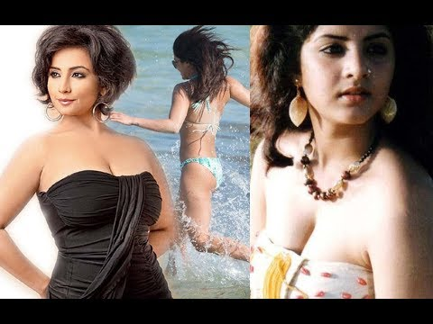 Divya Bharti Expose Her Boobs In Different Movies