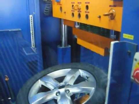Тест литых дисков WSP Italy W3802 GIOVE на удар обода (Крайслер)