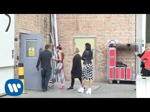 Lily Allen - URL Badman (Behind The Scenes)