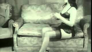 Betty Page - Bettie In High Heels Und Nylons