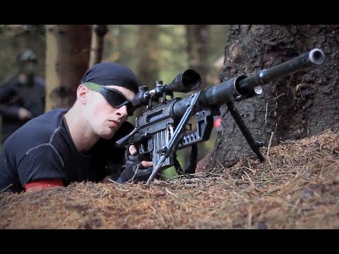 airsoft sniping - Airsoft guns in action. 1 of over 400 airsoft war videos at http://www.youtube.com/scoutthedoggie Filmed by the No1 YouTube video maker in Scotland, over 120...