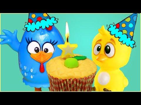 Vídeos engraçados - Parabéns da Galinha Pintadinha Feliz Aniversário Bolo Pintinho Amarelinho Massinha Play-Doh Musica
