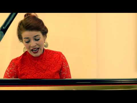 play video:Valentina Tóth plays AND sings Dohnányi - 'Pastorale on a Hungarian Christmas Song'