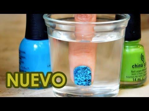 decorar uñas - Esta es la segunda versión de las uñas con agua, es una forma muy diferente del primer video que hice y una gran forma de decorar tus uñas con esmalte :) Ins...