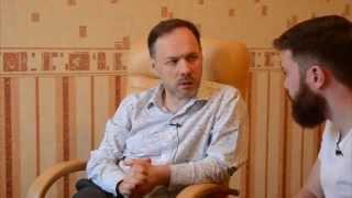 abOut — Андрей Плигин. Выпуск 8 — Плигин Андрей — видео