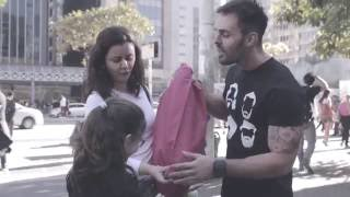 outubro-rosa-teste-do-travesseiro-na-paulista-assista-